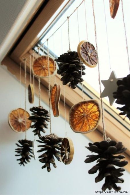Citrus and Pinecone Garland