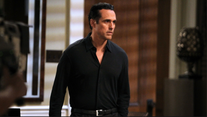 Maurice Benard black shirt