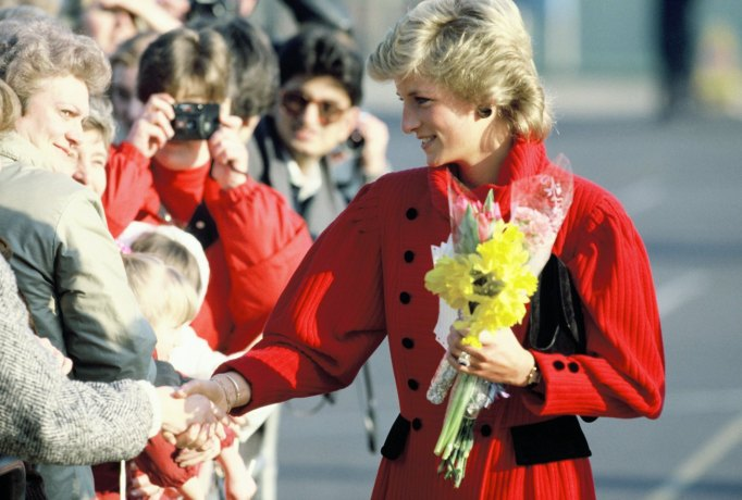 Princess Diana Not Wearing Gloves