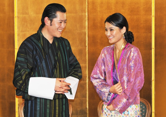 King Jigme Khesar Namgyel Wangchuck and Queen Jetsun Pema of Bhutan attend the Japan - Bhutan friendship reception at the New Otani Hotel on November 17, 2011