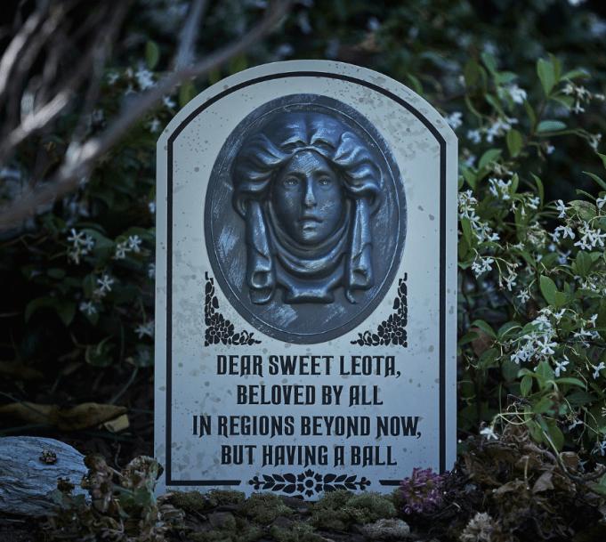 madame leota haunted mansion tombstone