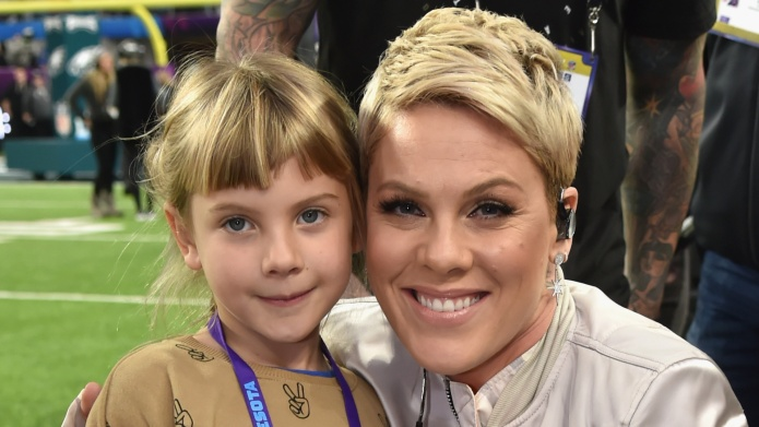 Pink And Willow Sing Greatest Showman
