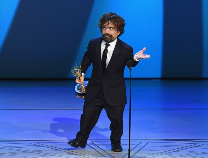 Peter Dinklage accepts the 2018 Emmy award for outstanding supporting actor in a drama series.