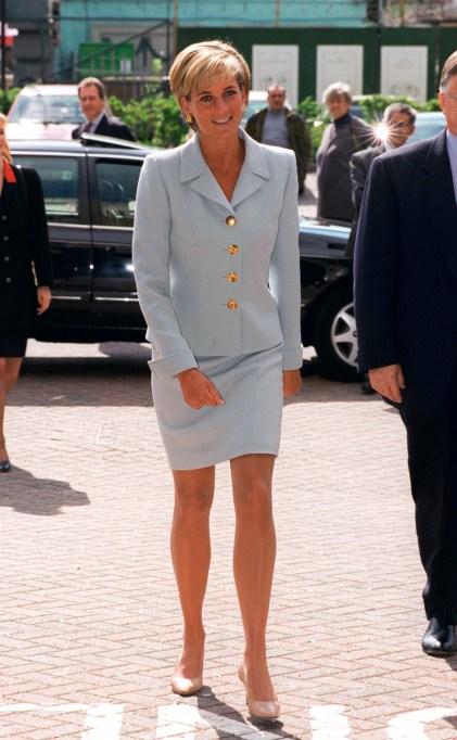 Princess Diana Showing Her Knees