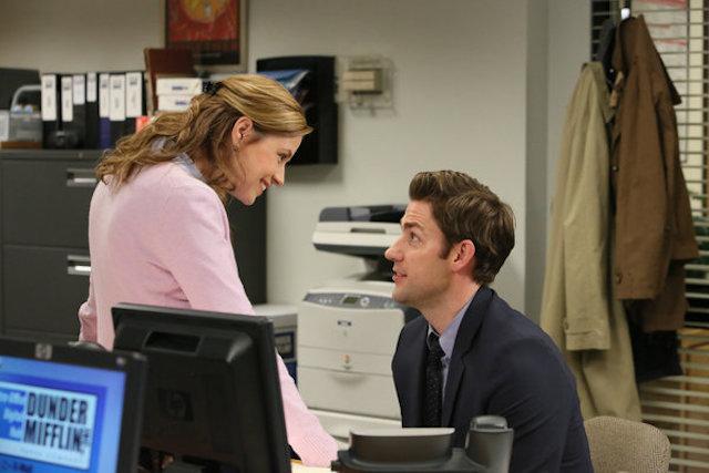 Still of John Krasinski and Jenna Fischer from 'The Office'