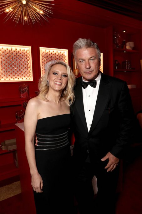 Photo of Kate McKinnon & Alec Baldwin at the 70th Emmy Awards Governors Ball