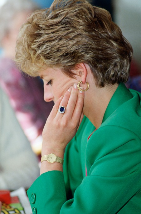 Princess Diana Choosing Her Own Engagement Ring