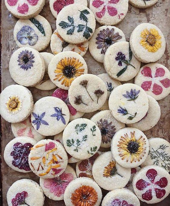 Floral Shortbread Cookies