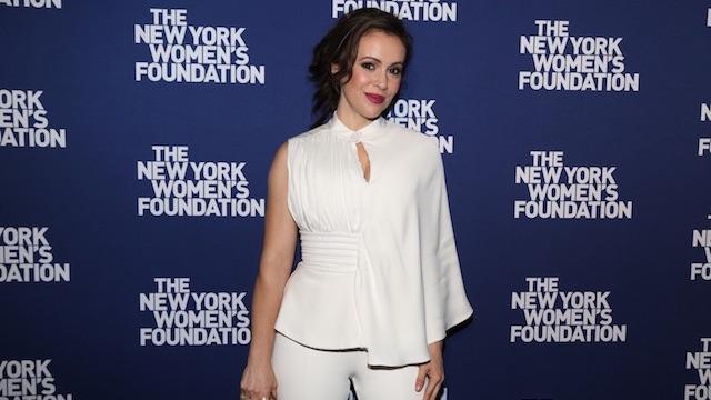 Alyssa Milano white outfit