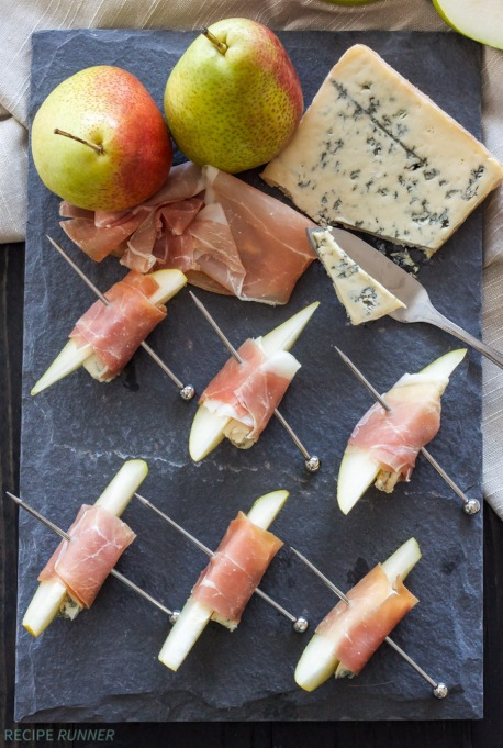 Prosciutto-Wrapped Pears With Blue Cheese