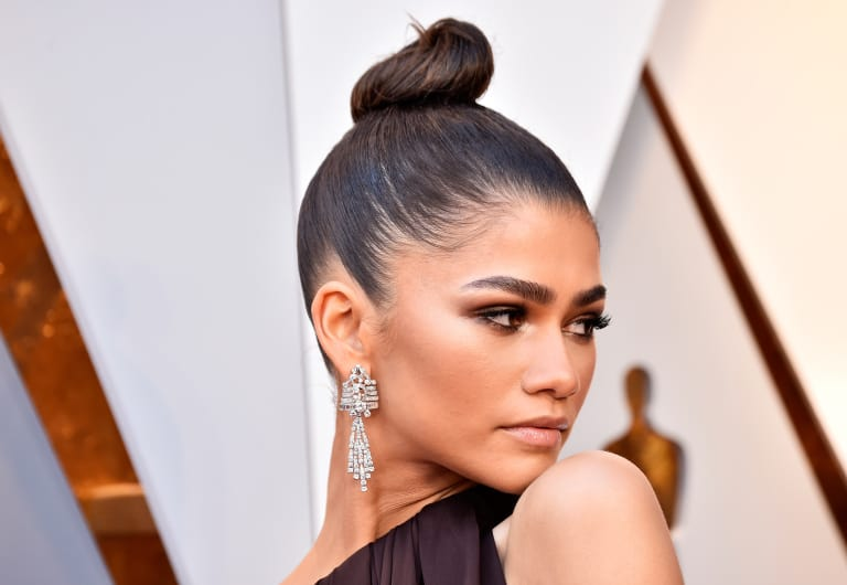 Celebrity Uses for Aquaphor: Zendaya: Use It as Highlighter