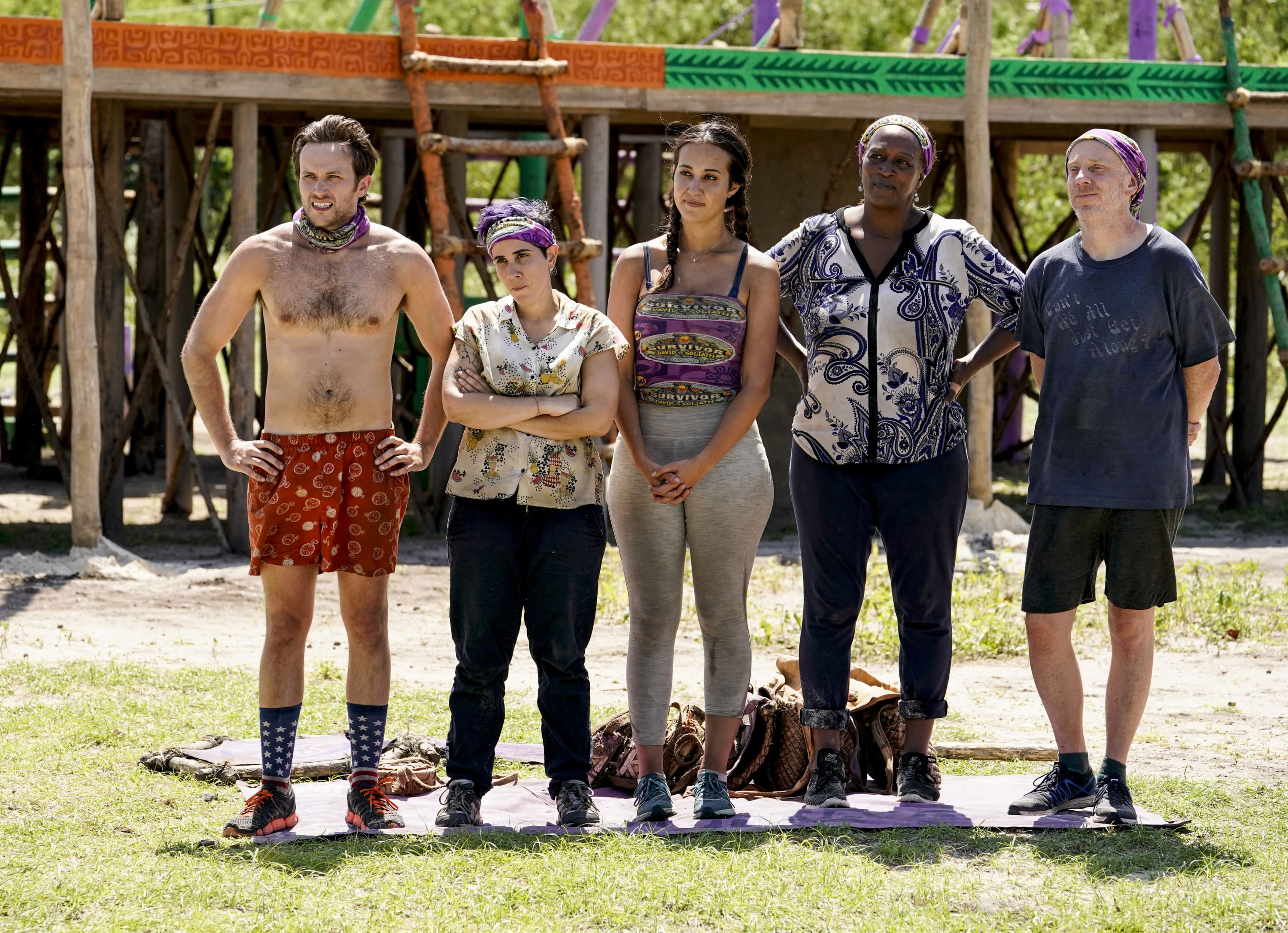 Natalie Cole and other contestants on Survivor: David vs. Goliath