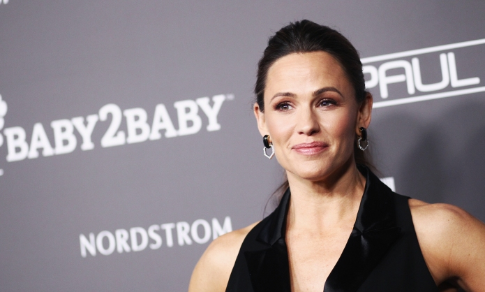 Jennifer Garner attends the 2018 Baby2Baby