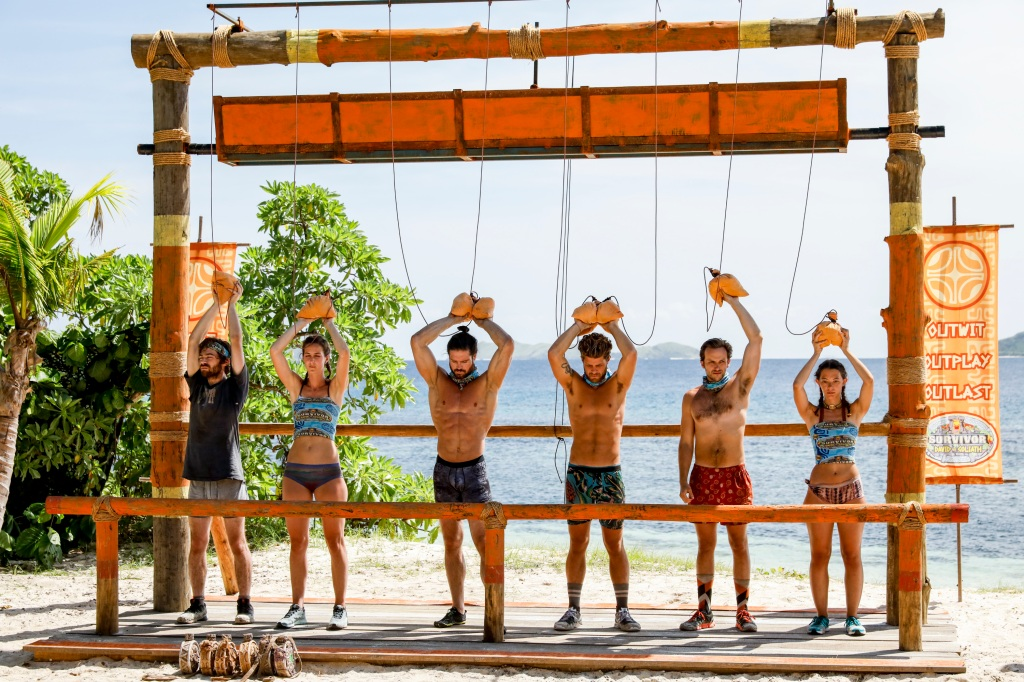 John Hennigan competes in challenge with others on Survivor: David vs. Goliath
