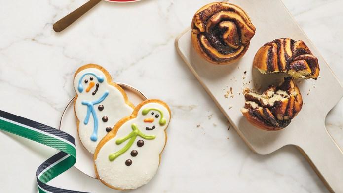 photo of starbucks winter foods snowmen