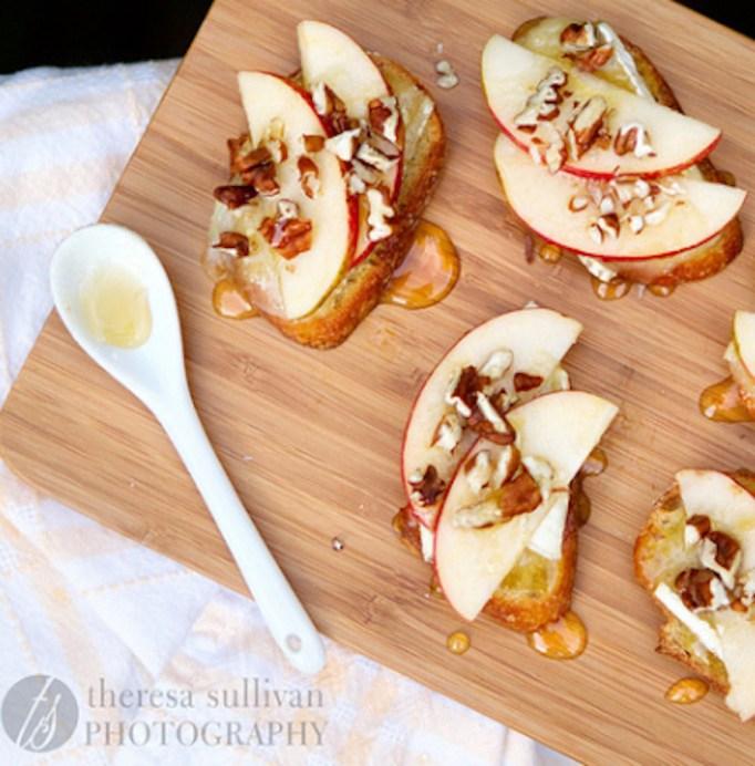 Apple, Brie, and Honey Bruschetta Bites