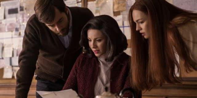 Caitriona Balfe in 'Outlander' season three
