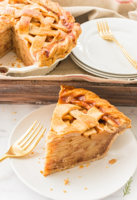 Apple Cinnamon Lattice Pie