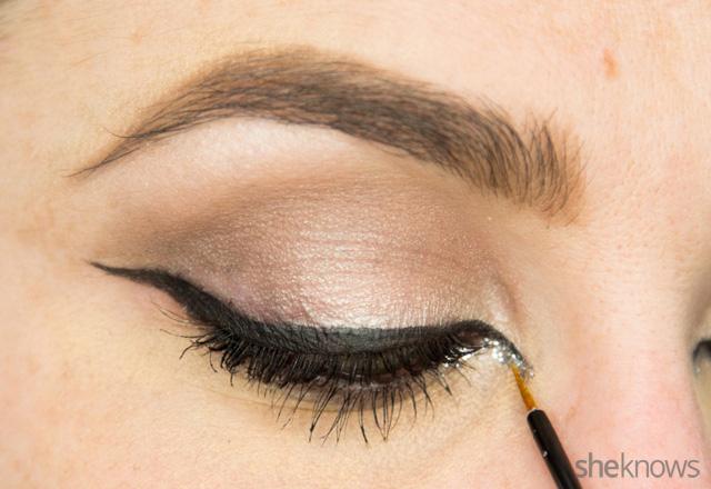 A glitter eye makeup tutorial: Step 11