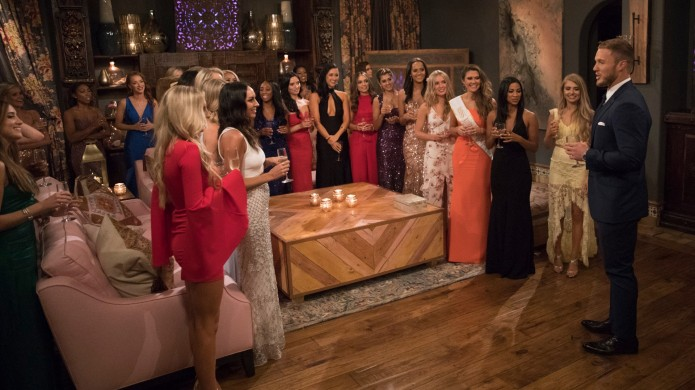 Colton Underwood and contestants in 'The