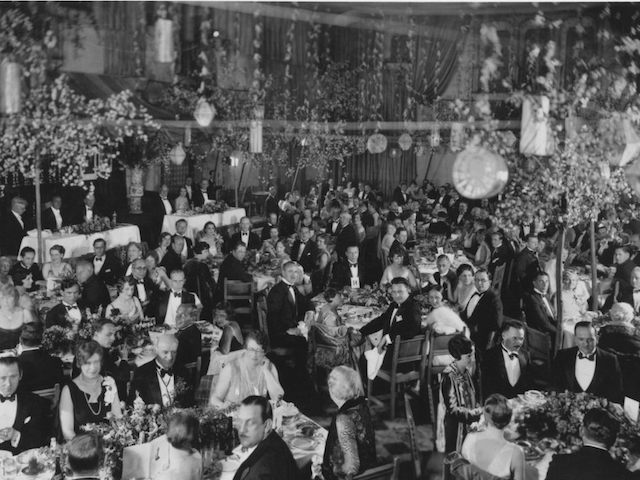 First ever Oscars ceremony held in 1929