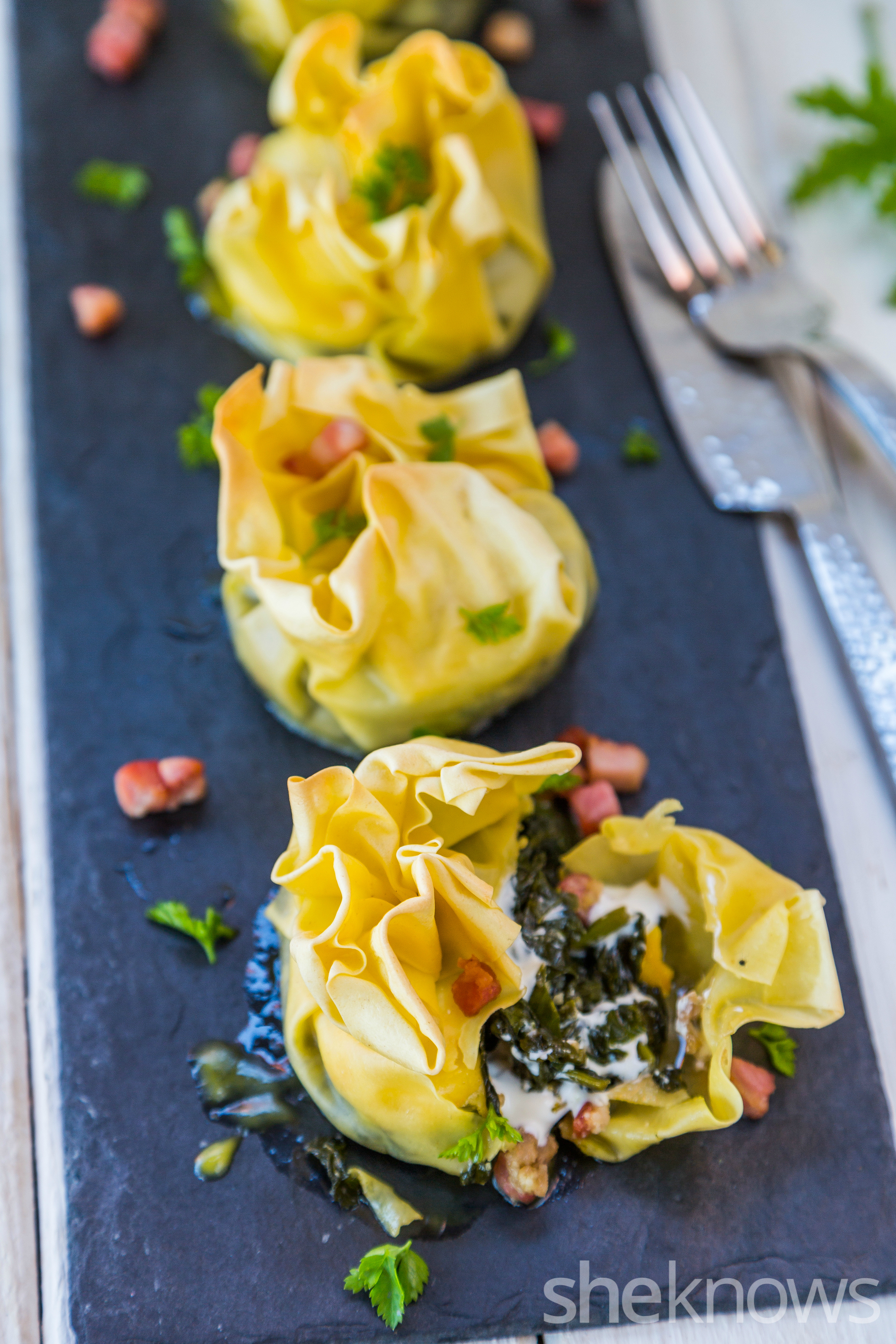 Lasagna pouches with kale, pancetta and cheese cream2