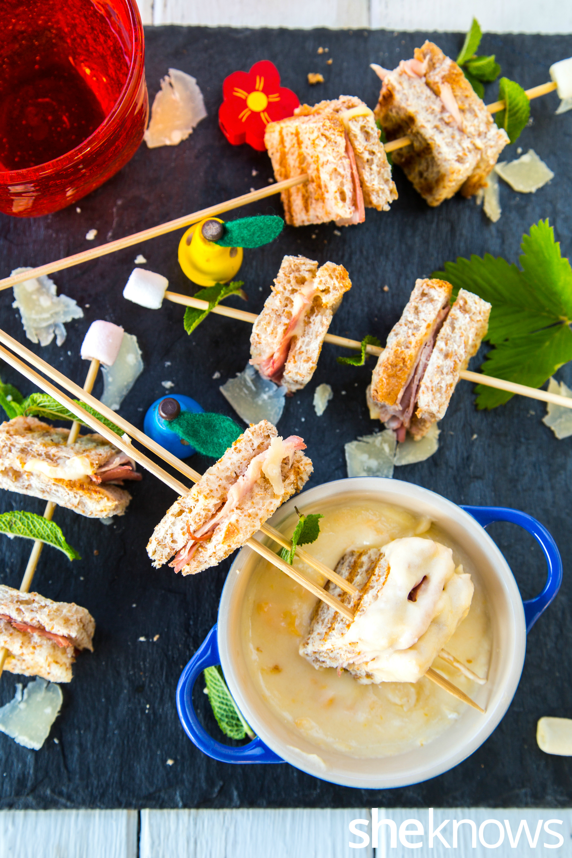 Grilled mini ham sandwich sticks & cheese sauce