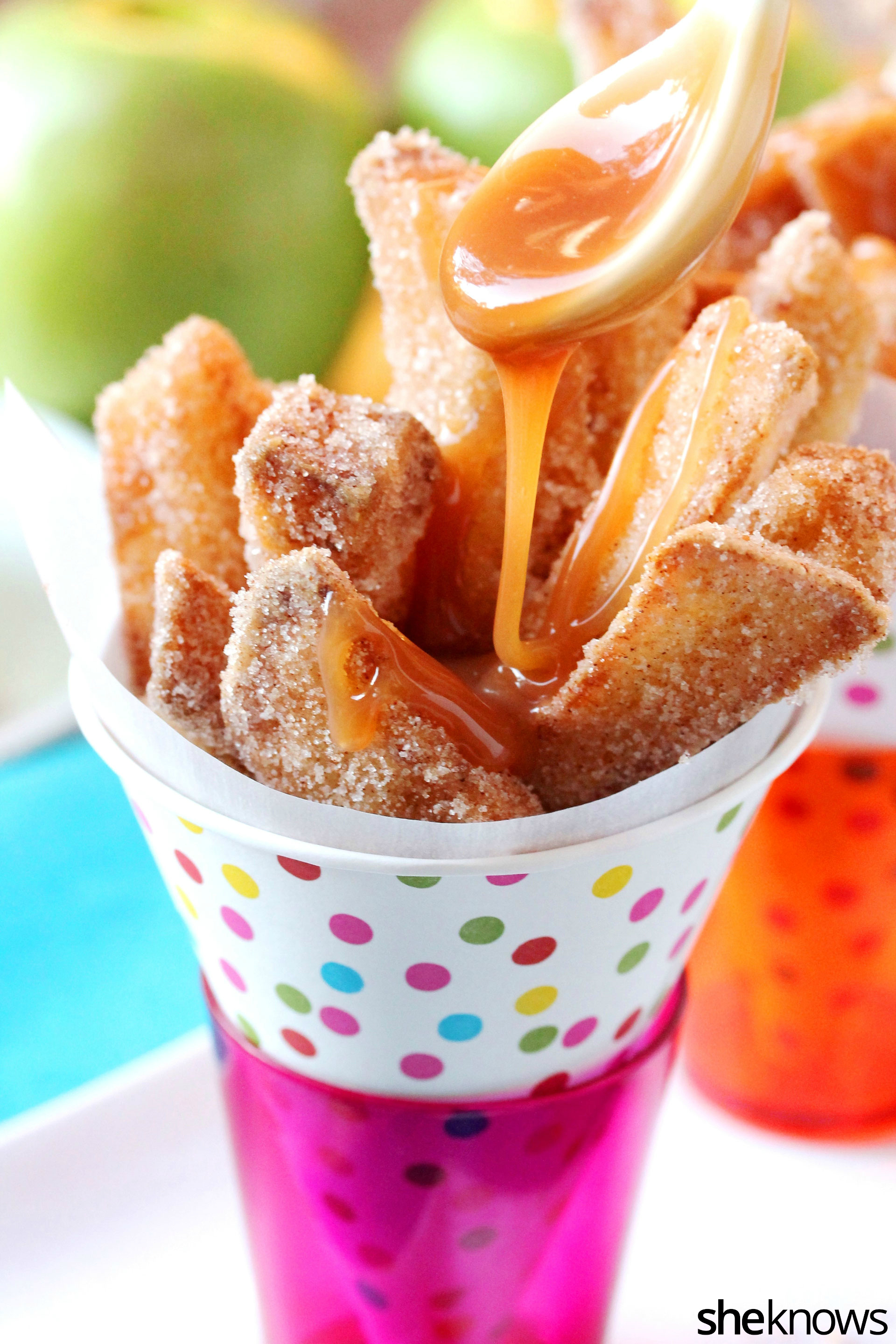 caramel-sauce-with-fried-apple