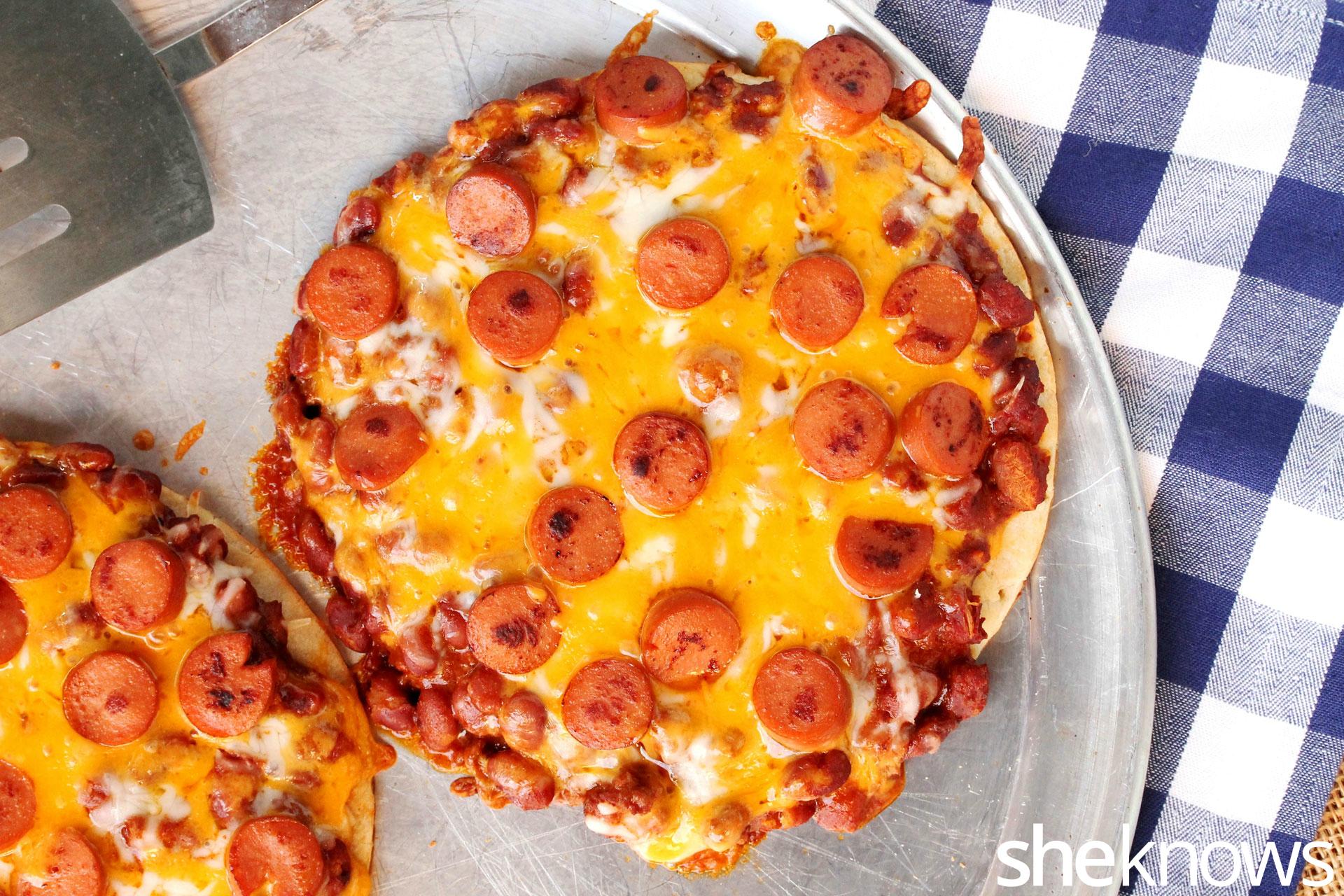 chili-dog-pizza-on-pan
