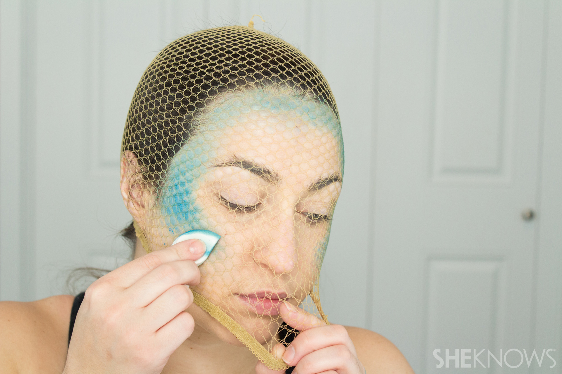 DIY Mermaid Halloween Makeup: Step 2