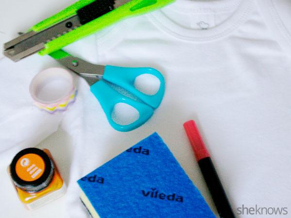 Printed onesie: Supplies