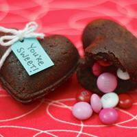 Heart-shaped brownie treasure boxes