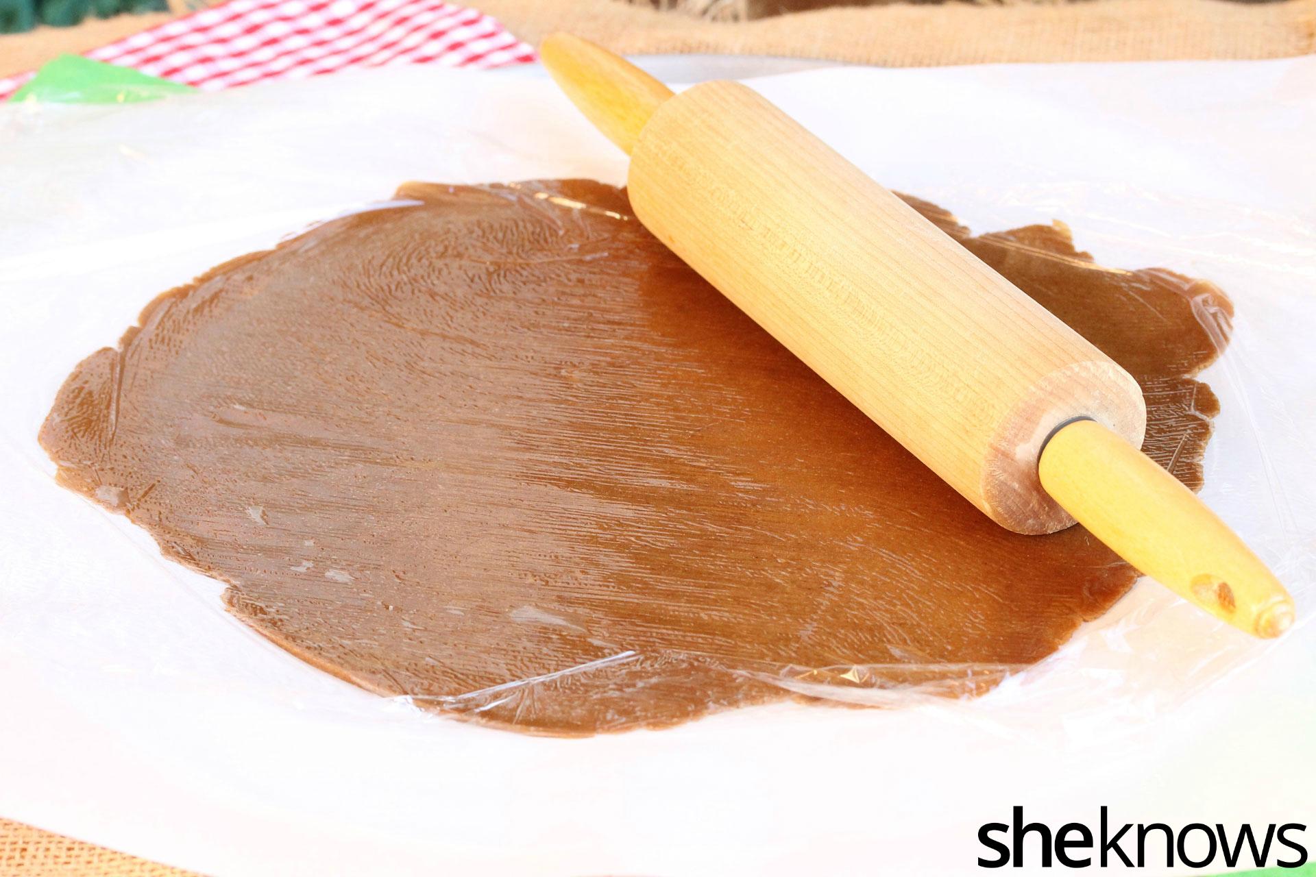 roll-gingerbread-dough