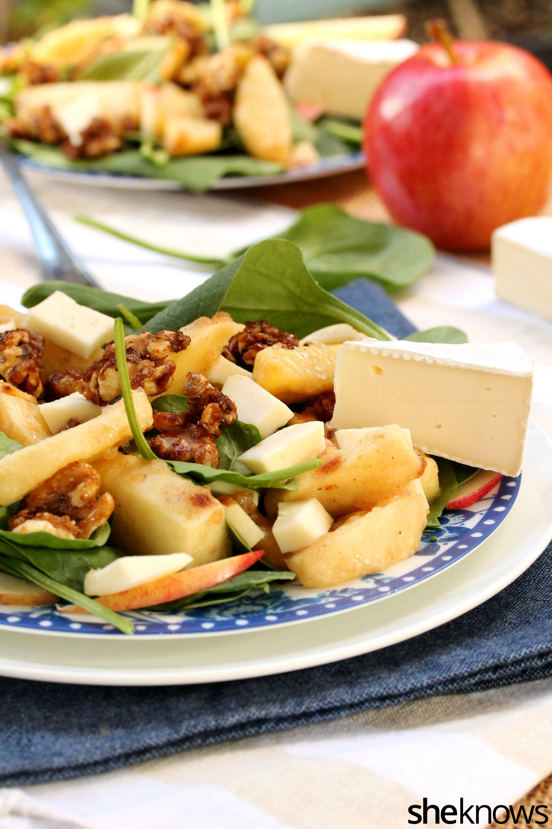 roasted-apple-brie-salad