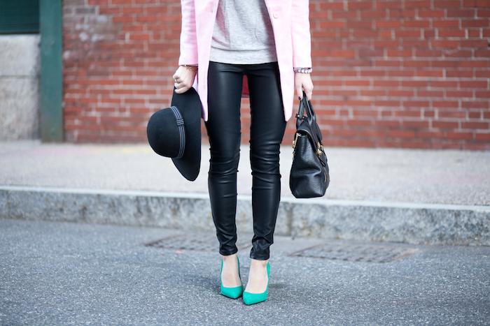 leggings, heels, hat and bag