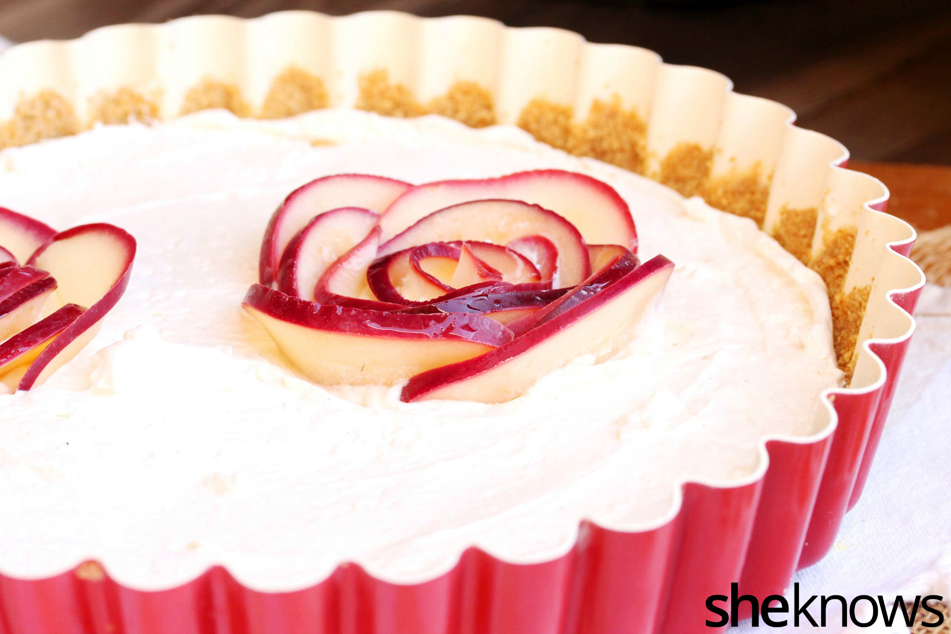 rose-petals-on-cheese-pie