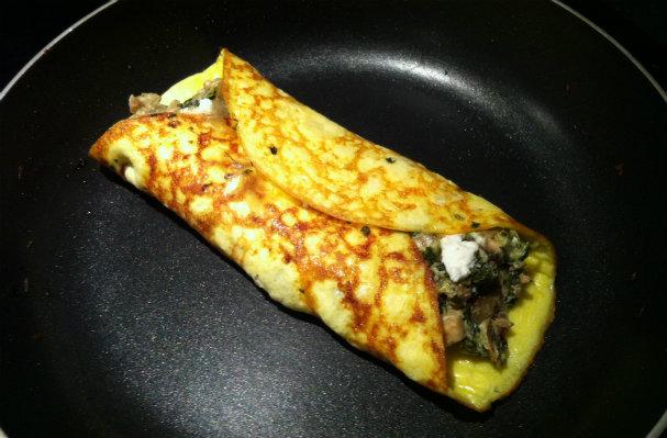 Fold omelette