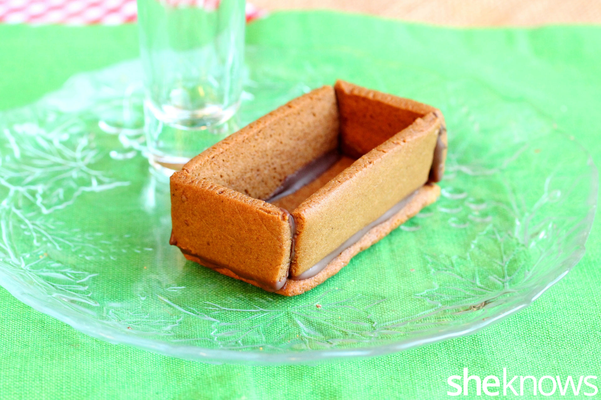 gingerbread-wagon-pieces