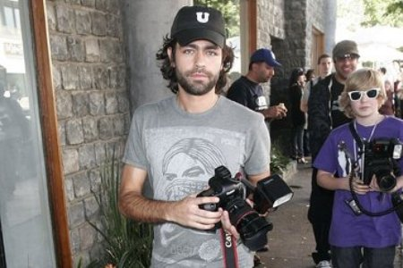 Adrian Grenier gets behind the camera