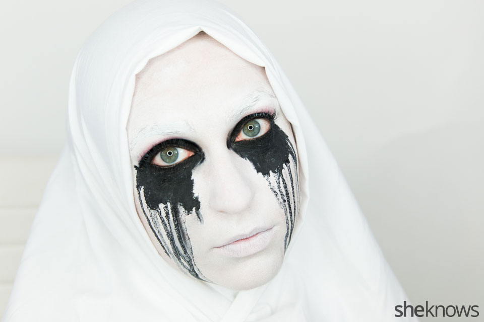 American Horror Story Halloween makeup: Finished