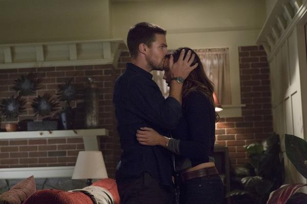 Oliver Comforts Laurel
