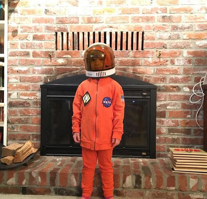 DIY Kids Costume Tips: Astronaut