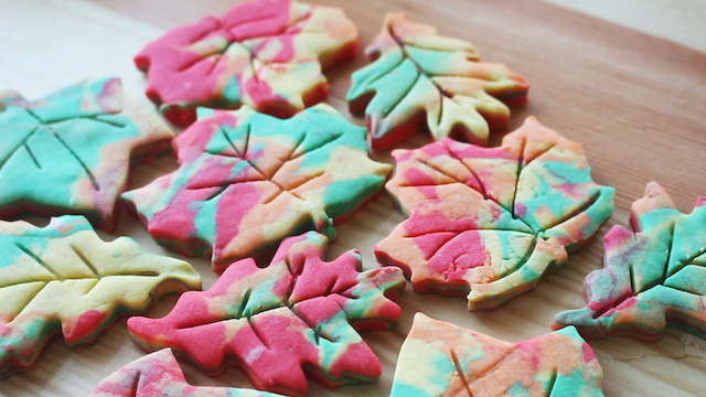 Best Fall Crafts for Kids: Autumn Leaf Shortbread