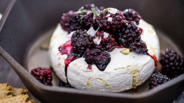 balsamic blackberry brie