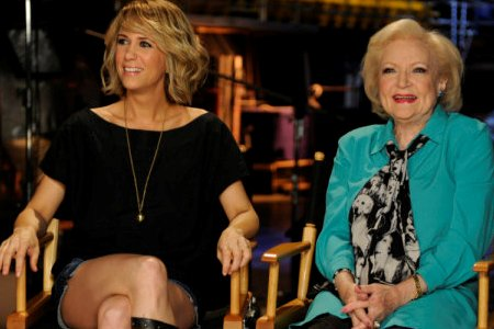 Betty White and Kristen Wiig on SNL