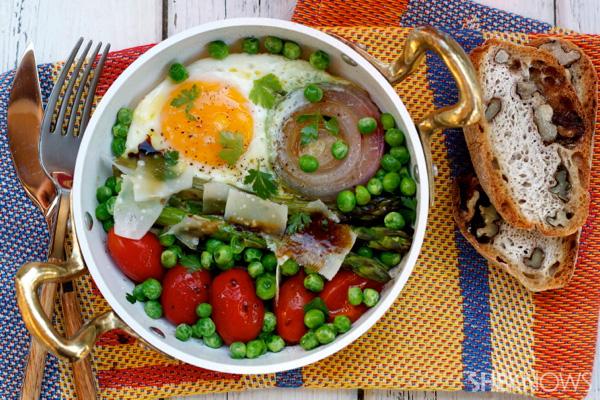 Breakfast skillet with egg, vegetables & parmesan