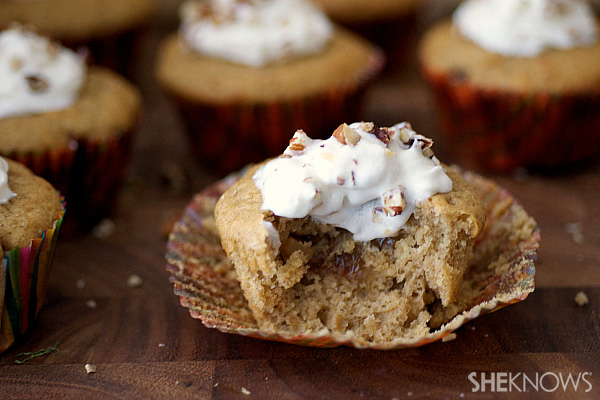 Caramel apple pie-filled pecan cupcakes
