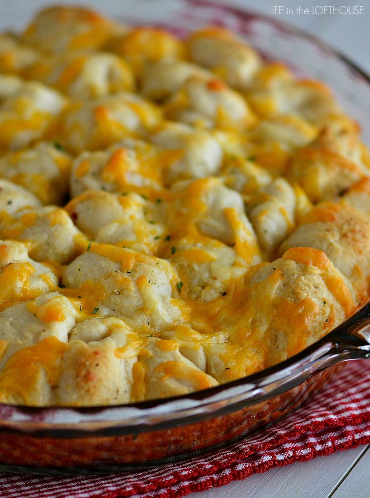 Cheesy garlic pull-apart rolls