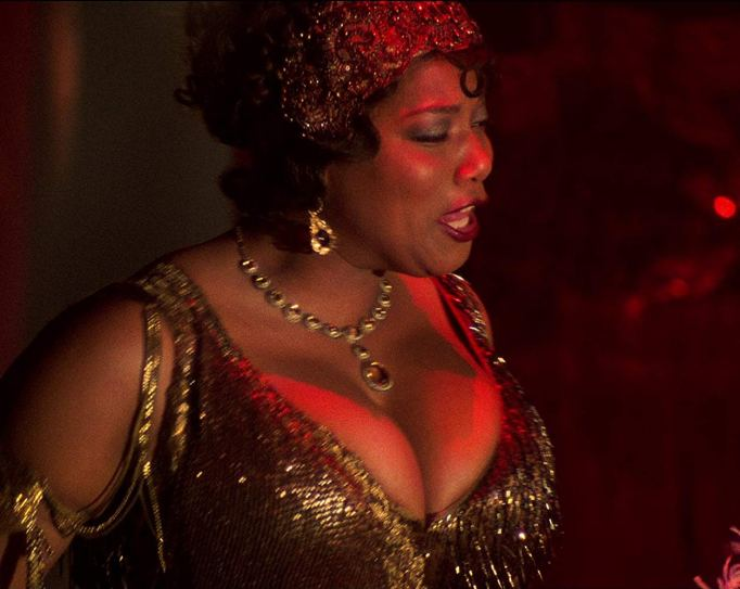 Queen Latifah's flapper outfit stole the show in 'Chicago'