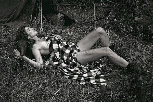 Cindy Crawford V Magazine